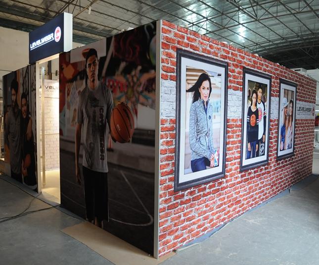 全新设计的铝展台时尚展示博览展示台